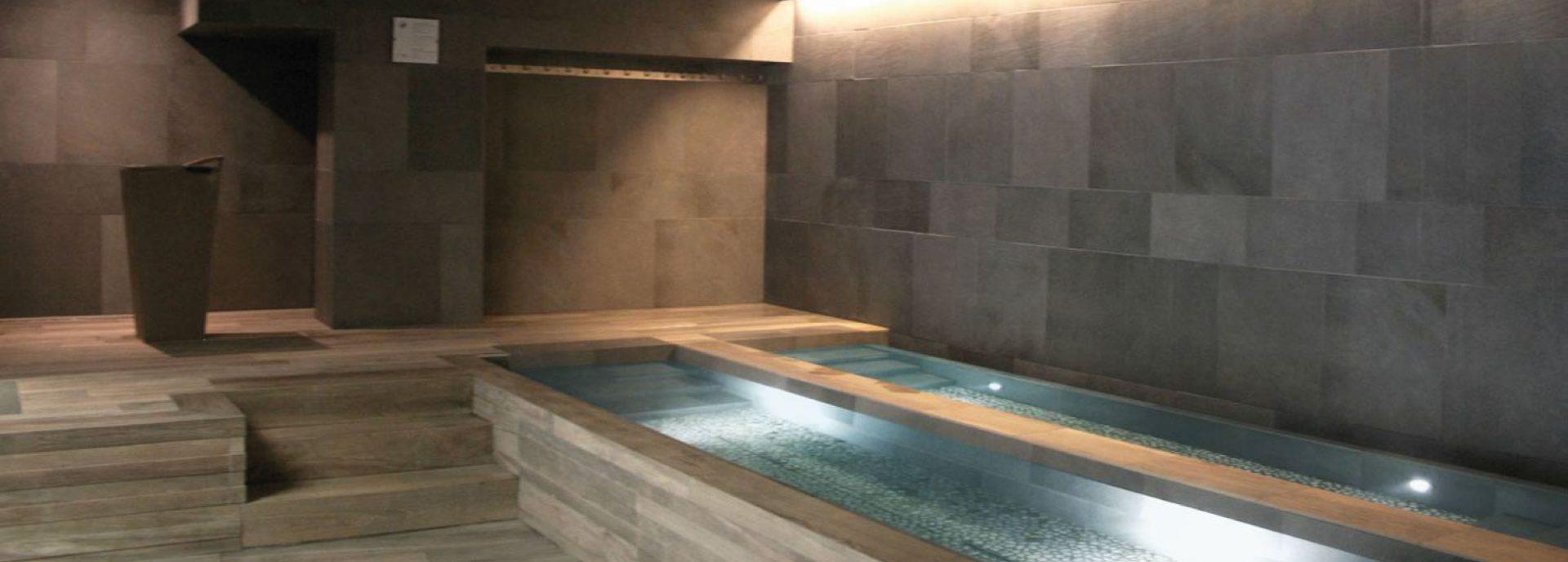 La Maison Du Parquet gres-porcellanato-piscina-maison-du-parquet - maison du parquet